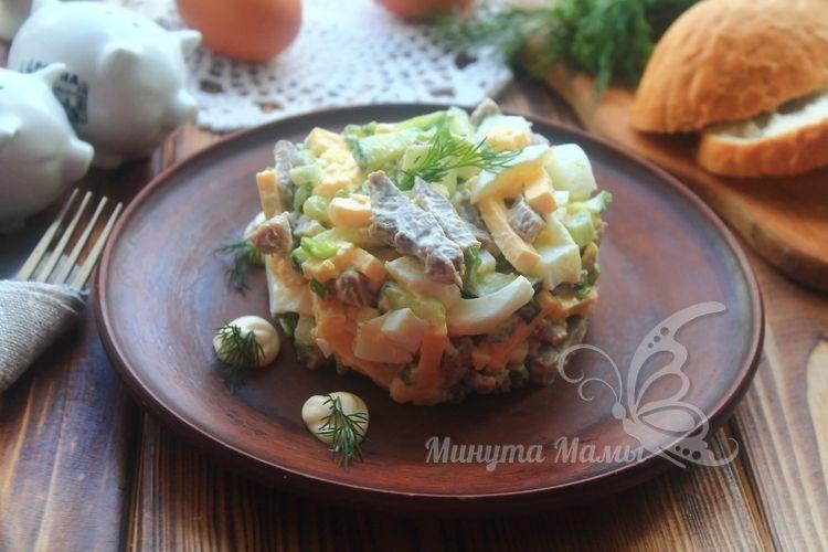 Салат «Фаворит» - рецепт с фото пошагово, классический с языком