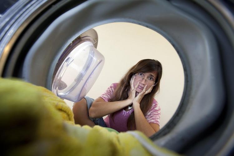 Причины неприятного запаха в машинке