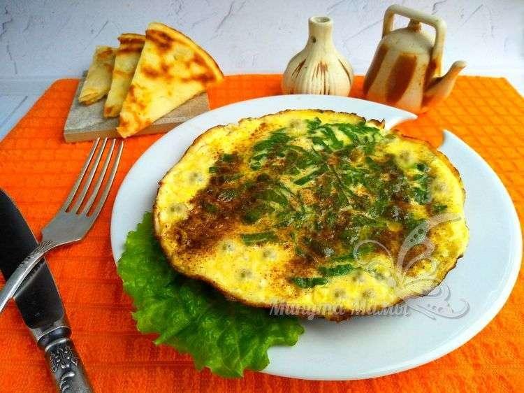 Рецепт с фото омлета с горошком на сковороде