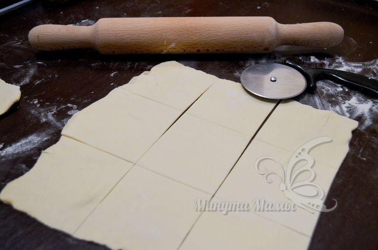 Разрезать тесто на квадраты