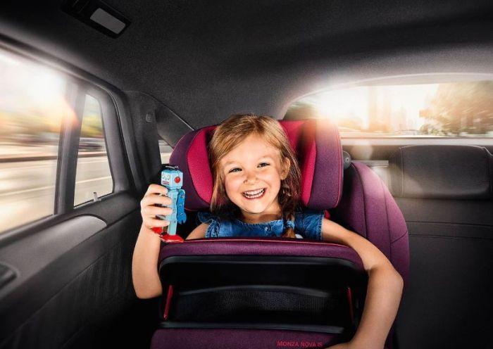 перевозка детей в машине