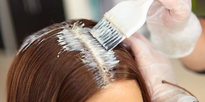 можно ли при грудном вскармливании красить волосы
