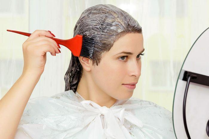 в какие дни лучше красить волосы