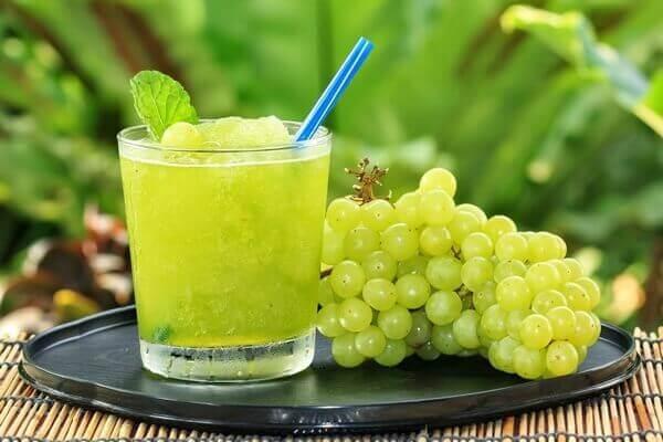 Можно ли виноград при грудном вскармливании