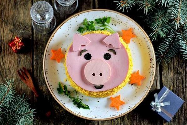 В чем встречать и что готовить на Новый год 2019 Свиньи