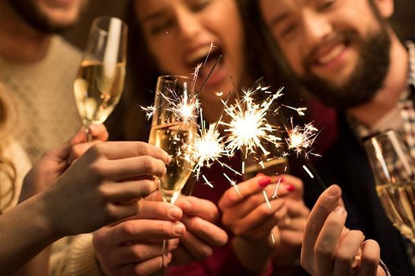 Конкурсы на Новый год 2019: новогодние игры и развлечения для детей и взрослых