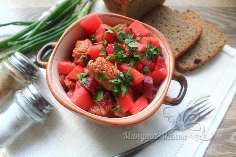 Овощное рагу с говядиной и картошкой
