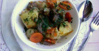 Жаркое из говядины с картошкой - рецепт с фото пошагово, в духовке