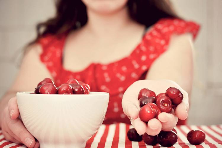 противопоказания вишни при гв