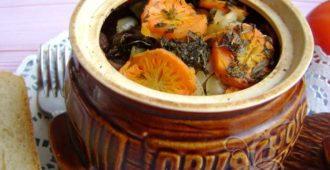 Говядина в горшочках с картошкой в духовке - пошаговый рецепт