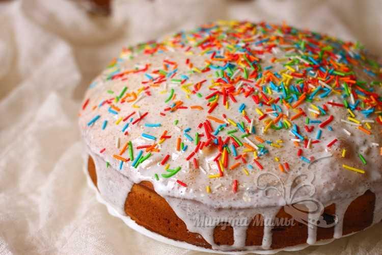 посыпать присыпкой для тортов
