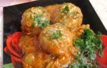 Тефтели из говядины в духовке с подливкой - пошаговый рецепт с фото