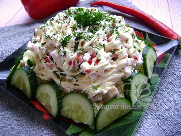 Салат «Нежность» с курицей, огурцом и яйцом – рецепт с фото пошагово