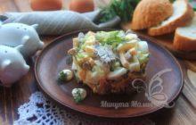 Полезный салат с курицей и свеклой
