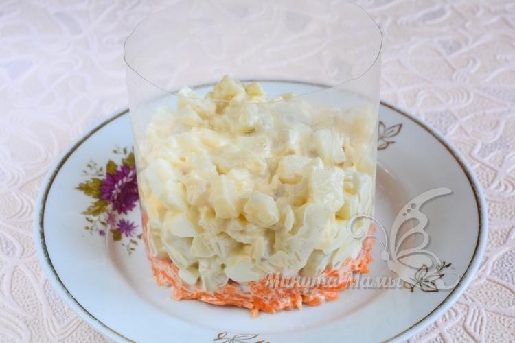 Выложить картошку с сыром