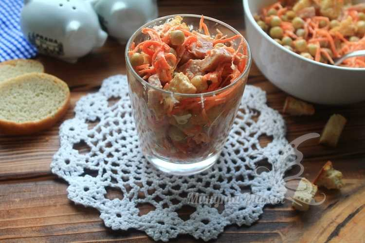Салат с корейской морковью и колбасой – рецепт с фото пошагово