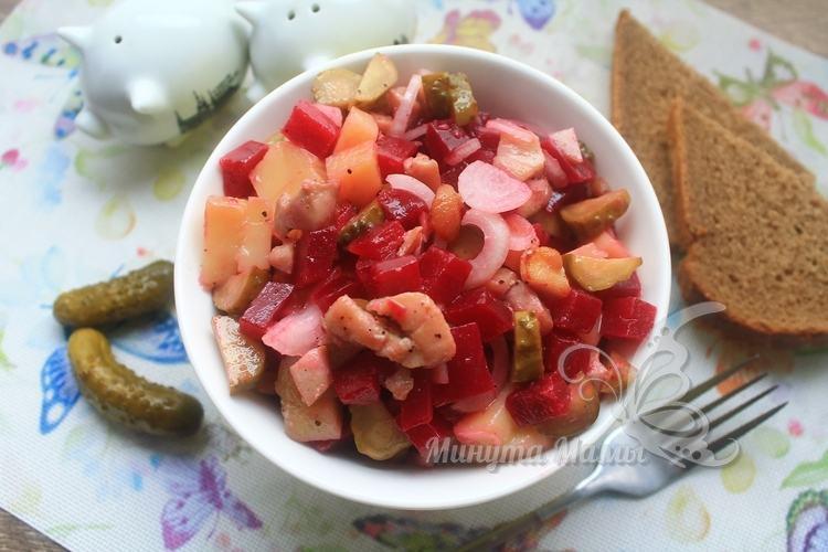 Рецепт с фото салата с курицей и свеклой