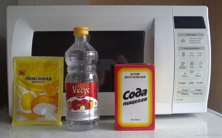 Выведение застарелых следов жирной пищи содой
