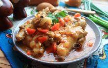 Фасоль с мясом и овощами в мультиварке