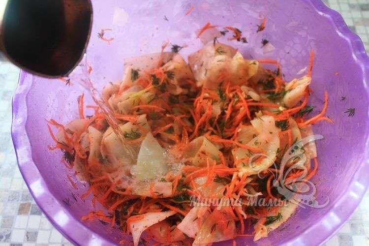 Залить растительным маслом