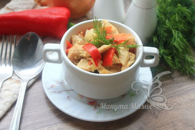 Фото-рецепт тушеной курицы с овощами в мультиварке