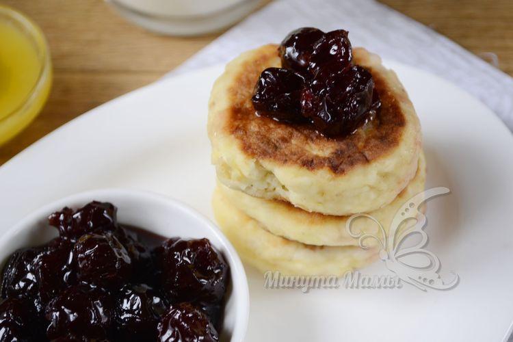 Пошаговый рецепт с фото сырников с яблоком