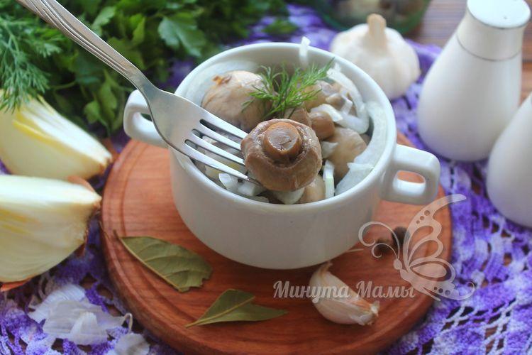 Маринованные шампиньоны в домашних условиях на зиму с чесноком – рецепт с фото пошагово