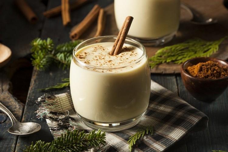 Новогодний молочный напиток
