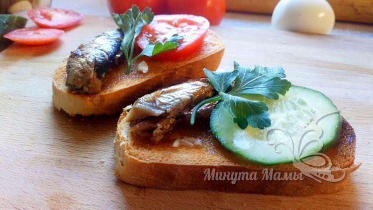 Бутерброды со шпротами без майонеза