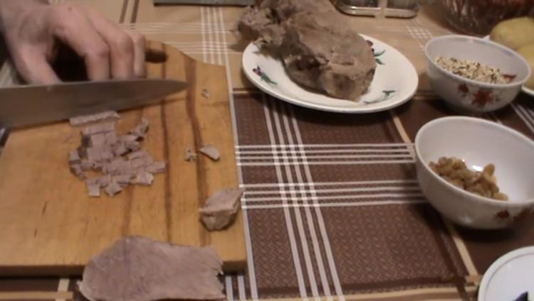 Режем говядину