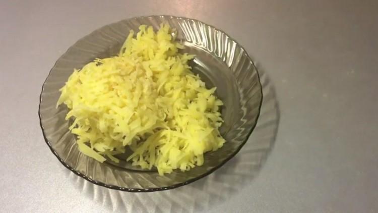 Картофель трем