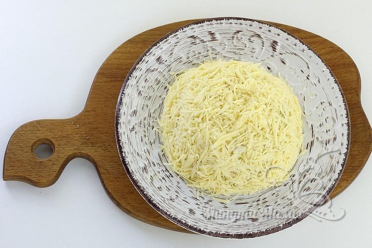 сыром покройте