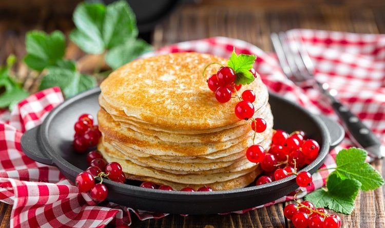 Блины на Масленицу: 7 вкусных рецептов на каждый день недели