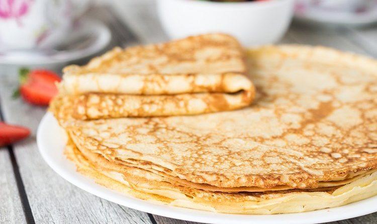 Блины на кефире: тонкие с дырочками – простые и вкусные рецепты