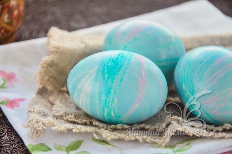 Как покрасить яйца на Пасху нитками