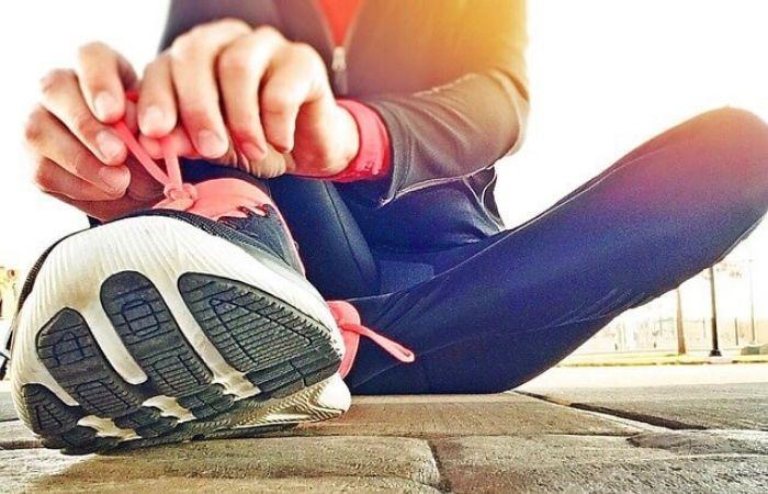 как зашнуровать длинные шнурки чтобы стали короче