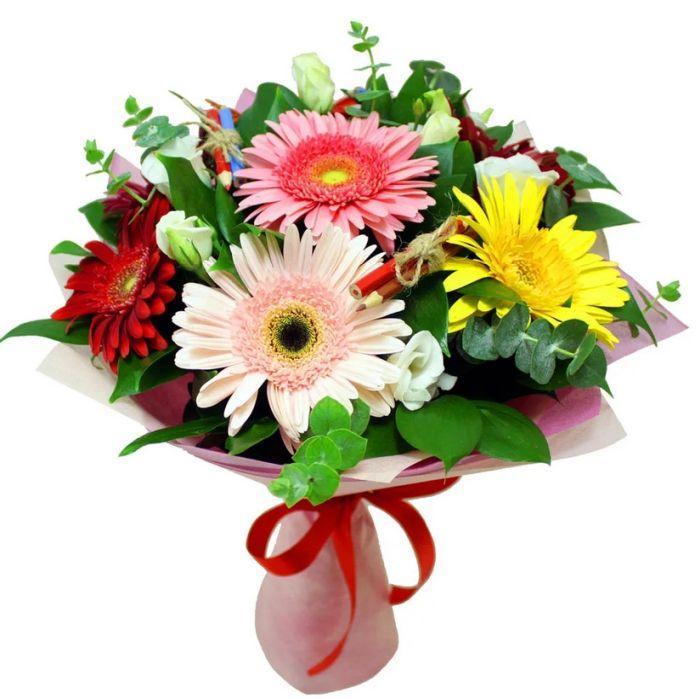 как подарить цветы учителю