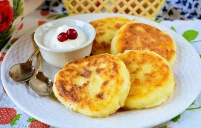 завтрак школьника с сырниками
