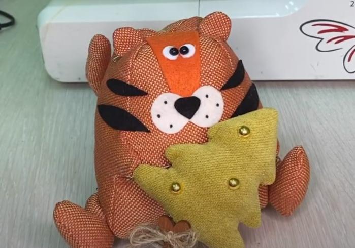 мягкая игрушка тигренок