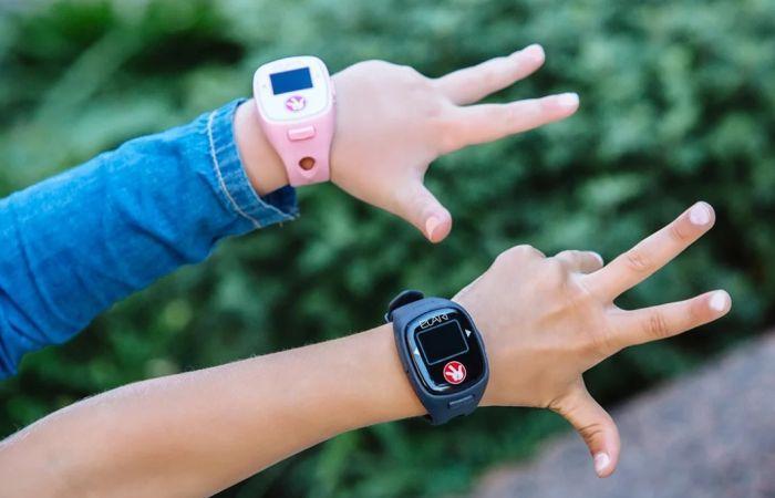 часы вместо телефона